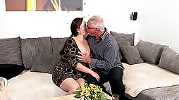 Chubby ass granny goes wild when the dick hits her ass
