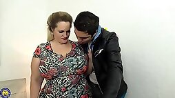 Chubby blonde sucking cock teaser with big milk jugs got down and dirty with a tattooed guy