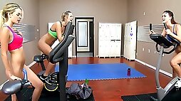 Dildo ride workout before lesbian threesome session with Kenna James friends