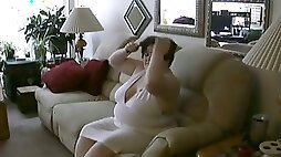 I love to finger bang my thick pussy in front of a camera
