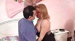 Mature Tranny In Oral and Anal Sex