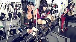 YOUNG ANAL MIXED TOYS SISSYBOY ANALFISTING LATEX ASIAN PIERCING FISTING