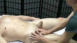 Skilled masseuse with gentle hands jerks off my penis