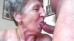 OmaGeiL of Amateur Granny Pictures