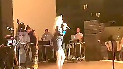 Aleyna tilki turkish popstar