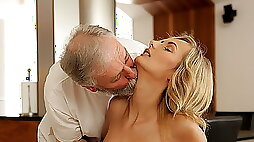 Beauty takes in passionate sex with handsome old