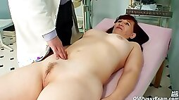Czech Mature Is Moaning While Her Gynecologist Is Stimulating Her Hairy wet Pussy With Various Objects
